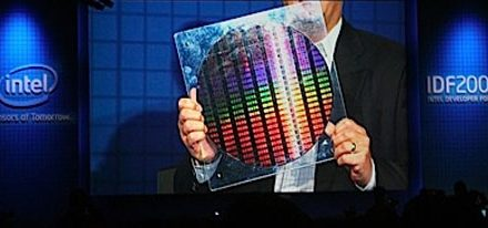 Intel ha invertido 8 Billones de Dolares en fabricación de chips a 22nm
