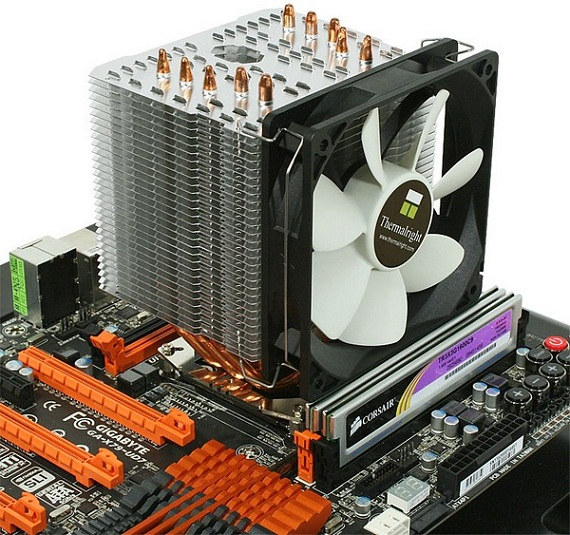 CPU Cooler Macho 120 de Thermalright