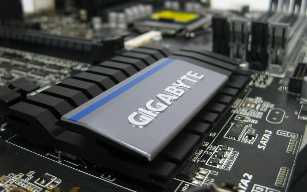 Review: Gigabyte Z77X-UP4 TH