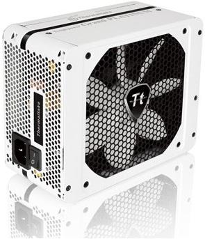 Fuente de poder Toughpower Grand Platinum Snow Edition de Thermaltake