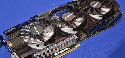 Imágenes de la GeForce GTX Titan WindForce 3X